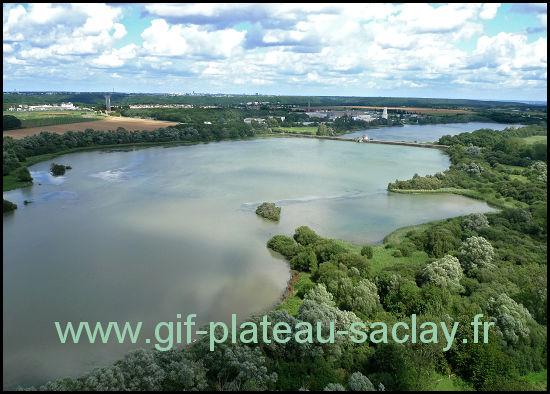 Vue aérienne des deux étangs de Saclay