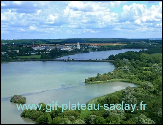 Vue de haut les étangs de Saclay